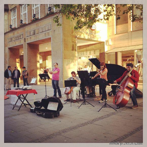 Ronda Palazzari Street Musicians