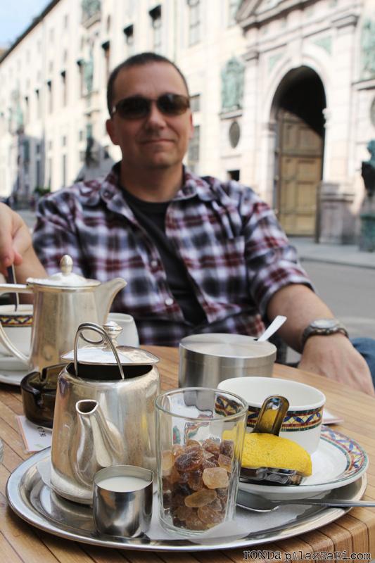 Ronda Palazzari Munich Cafe