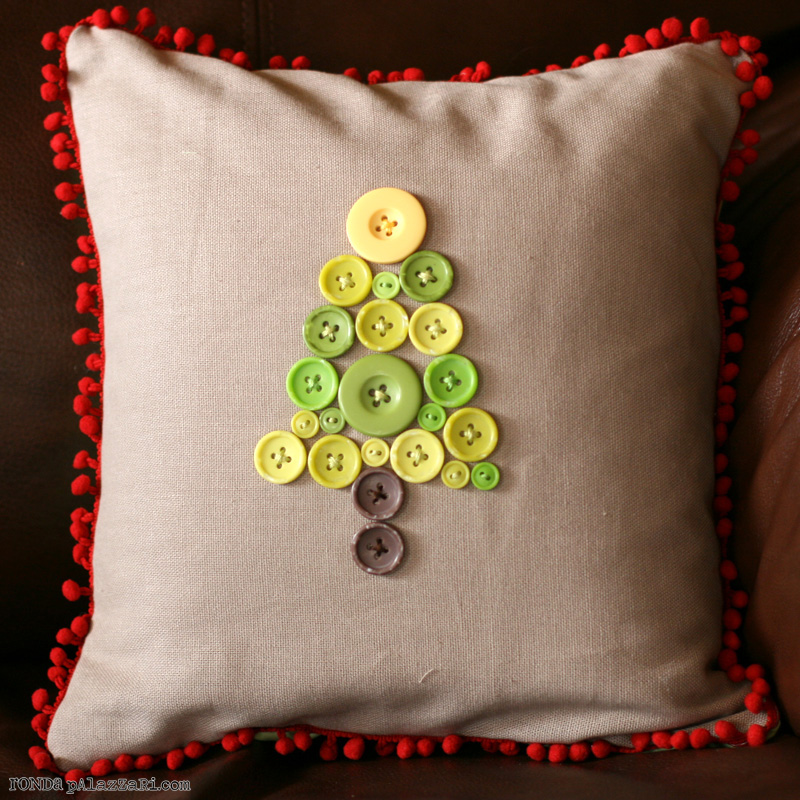 Ronda Palazzari Christmas tree Pillow